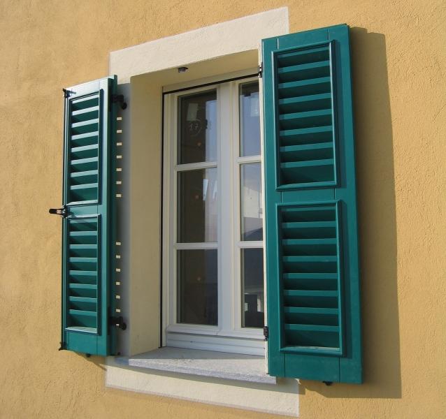 Persiane stile liberty - Griglie per finestre esterne ...